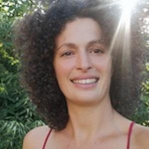 B1.6 - Emeline Chiappa - Relation amicale de Bruno Deck - Massage tantrique Perpignan