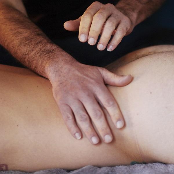 MT9 - Séance de massage tao par Bruno Deck (Matanoma) - Masseur tantrique à Perpignan © Hélène Toulet