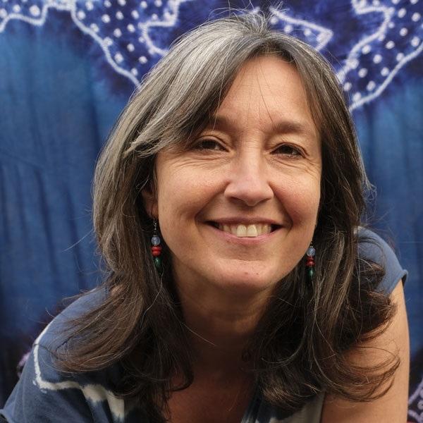 S4 - Portrait Hélène Toulet, animatrice de stages tantra avec Bruno Deck - Tantra-Matanoma