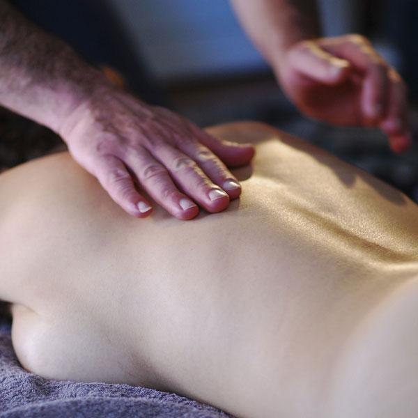 T1 - Illustration d'un témoignage massage tao sur site Bruno Deck (matanoma), masseur tantrique Perpignan ©Hélène Toulet