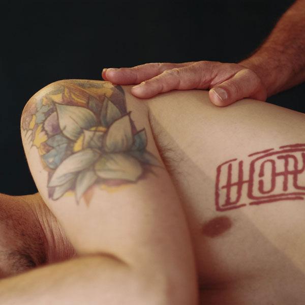 T4 - Massage cachemirien, par Bruno Deck, masseur tantrique Perpignan ©Hélène Toulet